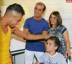 Marco Carta con Domenico ©Foto Dipiù