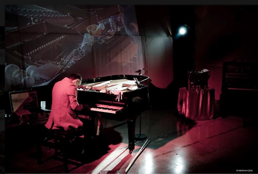 LIVE #PIANOPREPARATO LIGHT FLUO - Ser Venovan