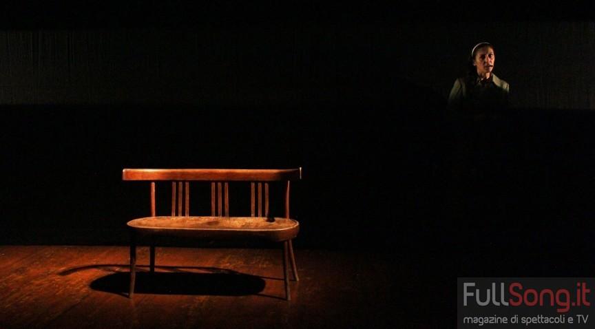 Teatro, L'estranea di casa